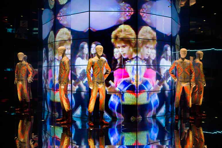 David Bowie is arrive à Barcelone