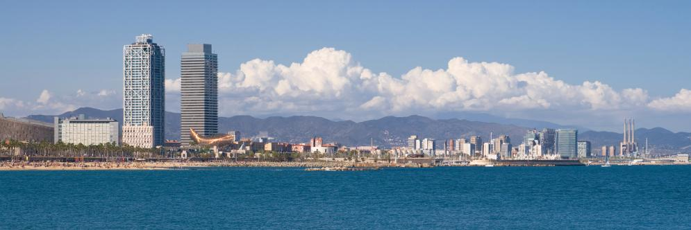 Les plus beaux panoramas de Barcelone - Depuis la mer - Barcelona Autrement