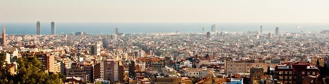 [ Skyline de Barcelone ] #2 Les cheminées de Poble Sec