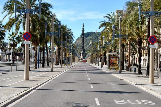 Skyline de Barcelone - Barcelona Autrement - Passeig de Colon