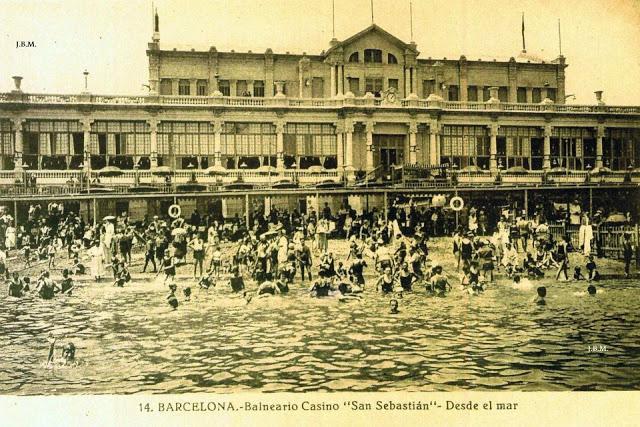 Barcelona Autrement - Le port olympique - Les bains de Sant Sebastia