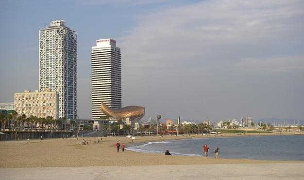 Barcelona Autrement - Le port olympique - Les deux tours