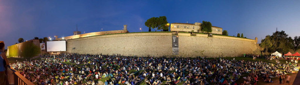 Sala Montjuïc - Cinéma en plein air - Barcelona Autrement