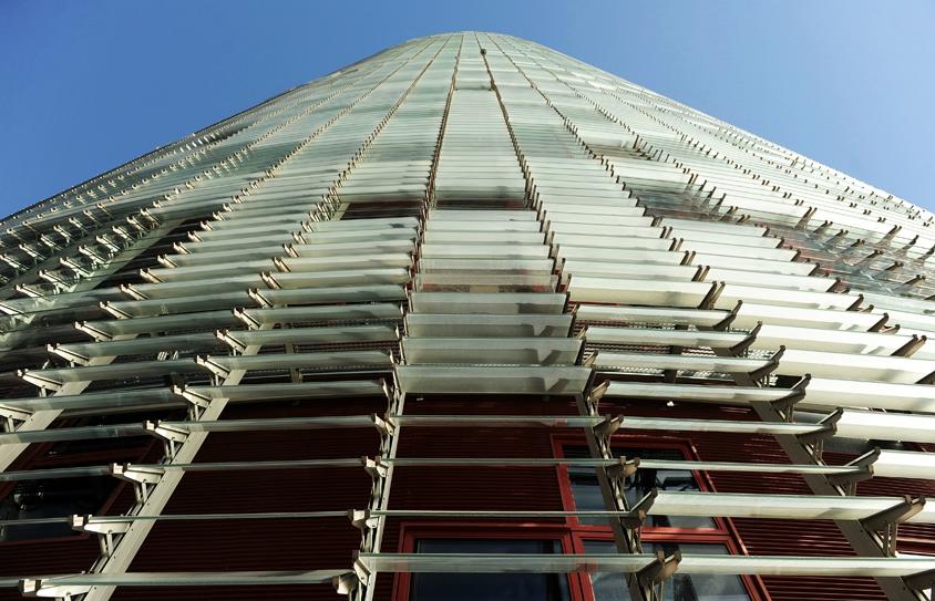 Barcelona Autrement - Jean Nouvel - Façade de verre