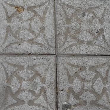Barcelona Autrement - Pavés de Barcelone - Reliques