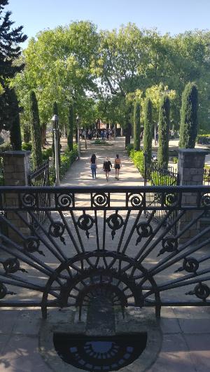 Barcelona Autrement - Jardins de Laribal - Generalife vue théâtre grec