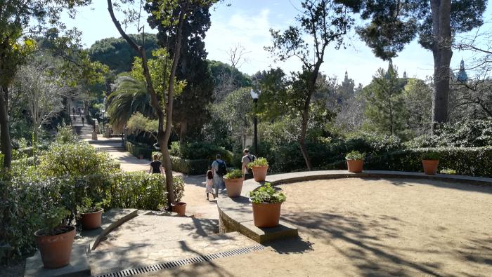 Barcelona Autrement - Jardins de Laribal - Placette
