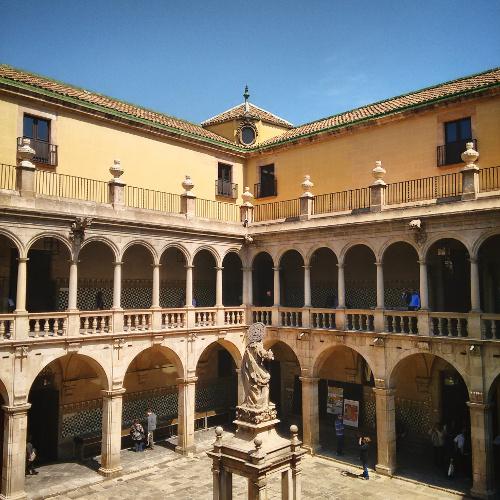 Barcelona Autrement - 16 endroits insolites - Institut d'Estudis Catalans