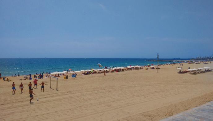 Barcelona Autrement - Les Plages de Barcelone - Bogatell