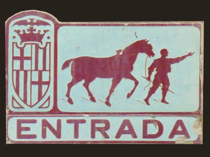 Barcelona Autrement - Plaques rues - Entrada