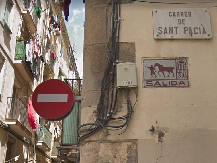 Barcelona Autrement - Plaques rues - Salida et sens interdit