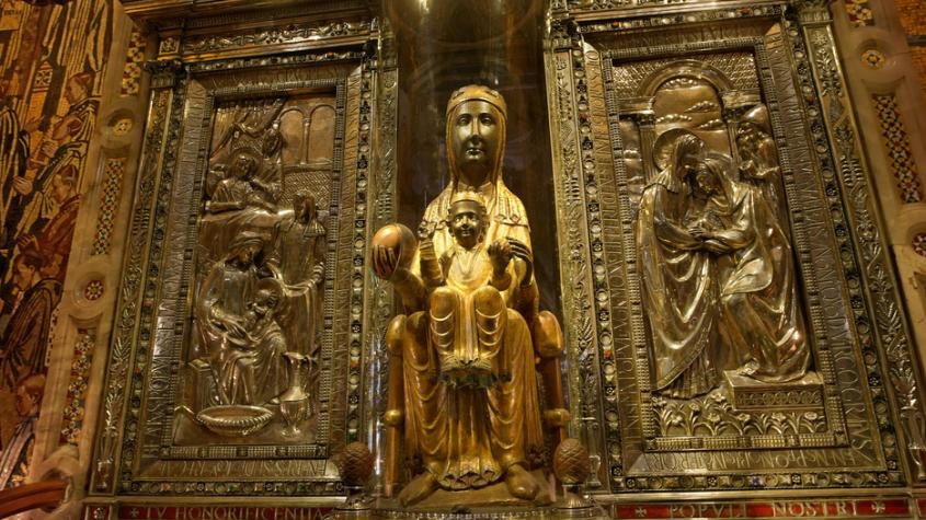 Barcelona Autrement - La Vierge de Montserrat et le Barça une alliance aussi mystique qu