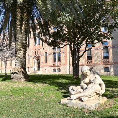 La Maternité, sculpture de Luisa Granero