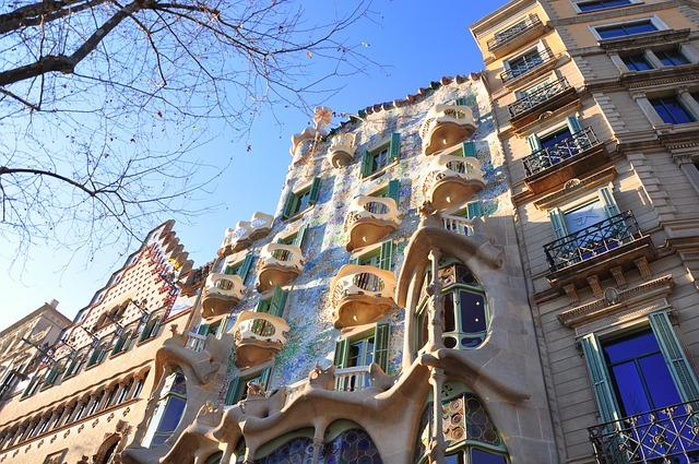 Barcelona Autrement - Point commun entre Chupa Chups et la Casa Batlló - Casa Batlló